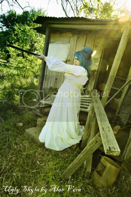 shotgun,gun,wedding,1960,big hair,blue,ugly shyla,uglyshyla,girls,guns