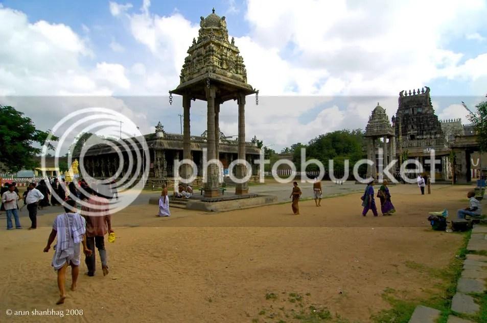 pavilion at the Varadaraja (Vaikuntha) Perumal Kanchipuram by Arun Shanbhag