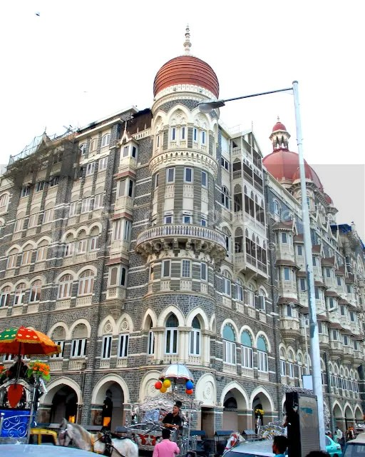 pics of repairs at the Taj Hotel Mumbai