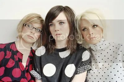 RiotBecki, Rosay, Gwenno