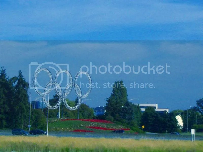 The Olympic rings viewed from the Canada Line.