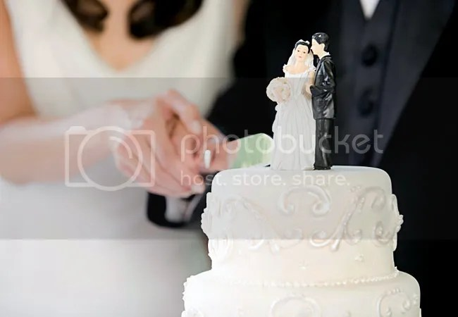 https://i2.wp.com/img.photobucket.com/albums/v20/Blackcat666x/IMVU/RS/117784-wedding-cake-of-the-day-2_zpsc59c7863.jpg