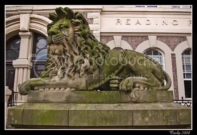 Lion outside South Shields Museum