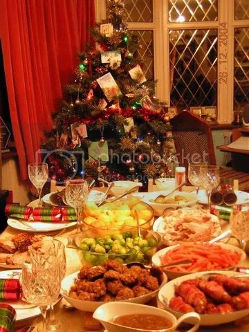 https://i2.wp.com/img.photobucket.com/albums/v208/ydho_6/London%20Xmas%202004/ResizeofChristmasDinner2.jpg