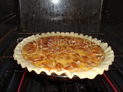 going into the oven (no, pie crusts are not my forte)