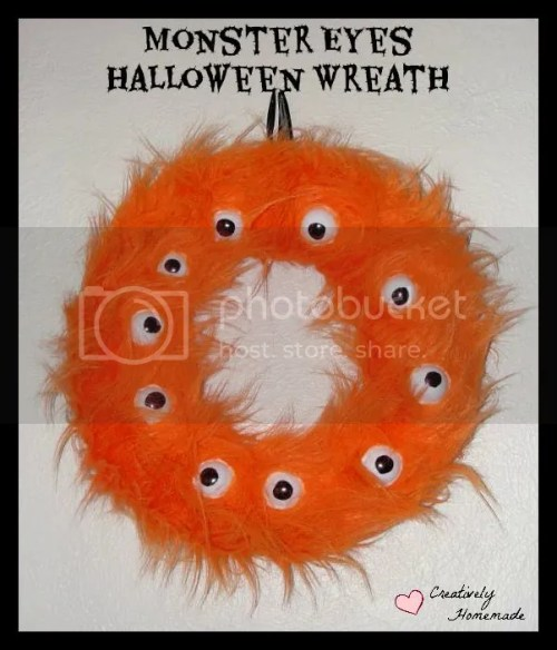 This Monster Eyes Homemade Halloween Wreath is just as cute as it is spooky.This would be a fun Halloween craft to make with your kids.