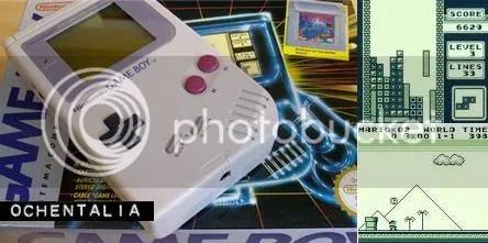 La Game Boy en su caja, visores del TETRIS y del Supermario