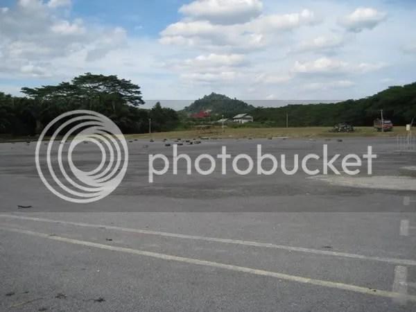 AFamosas Big Ass Car Park