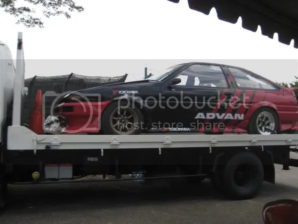 Advan AE86 driven by Ah Heng