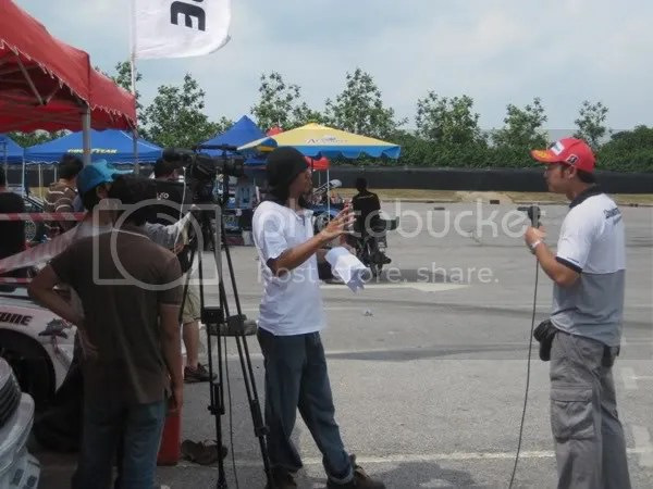 Djan been interviewed by RTM reporters