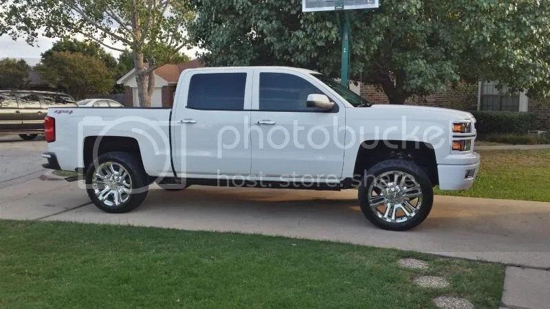 Level 2 2015 Denali Yukon Custom Wheels