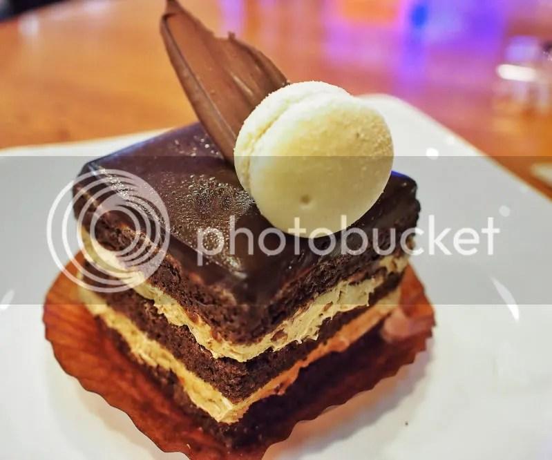 Pâtisserie Glacé  Hazel Dazzle