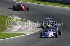 Giedo v.d. Garde voor Sebastian Vettel en James Rossiter, race, zondag