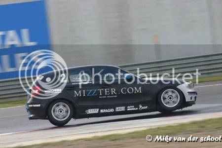 Renate Wilschut's opmars van achter uit stuitte op de BMW van Ben, tot die plofde...
