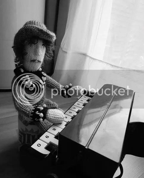 photo piano2_zps839df589.jpg