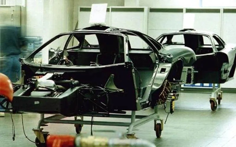 mclaren-f1-chassis