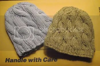 e8ea577a7f23 Cabled Baby Hats