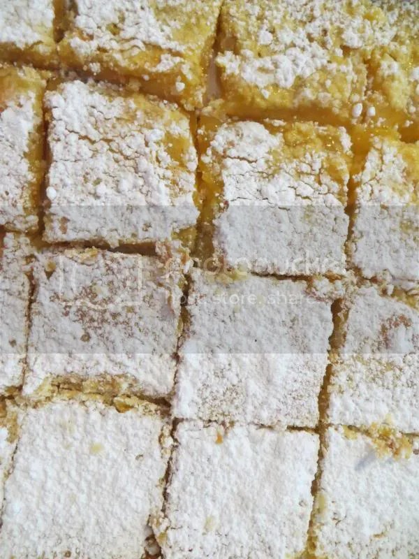 Andrea's Lemon Bars