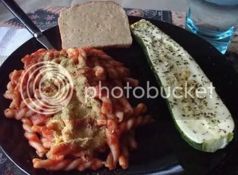 macaroni and zucchini