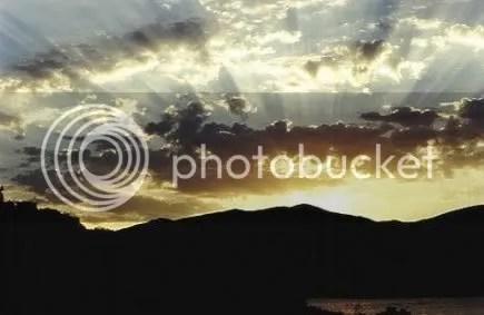 https://i2.wp.com/img.photobucket.com/albums/v517/triplegoojoob/scenic%20images/sunrise.jpg