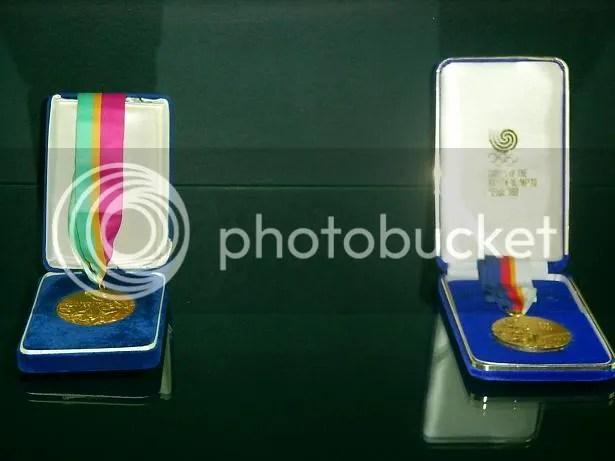 Medalhas de ouro olímpicas de Carlos Lopes e Rosa Mota - 1984 / 1988