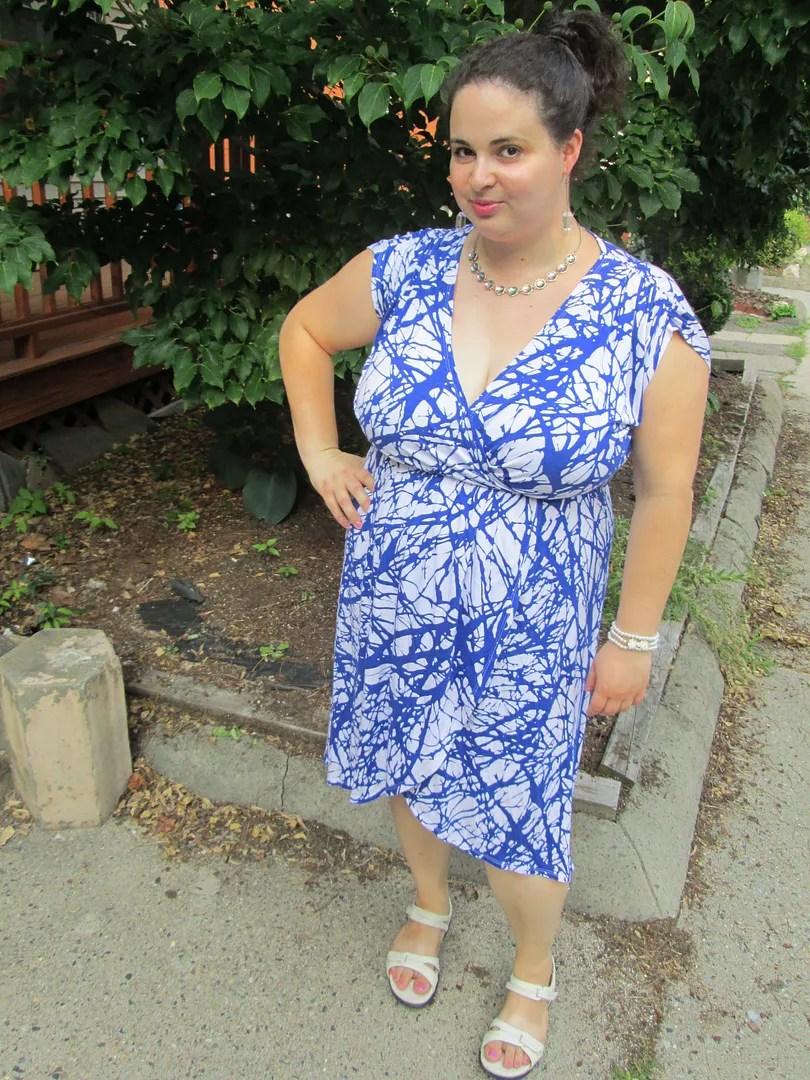 blue and white nature print plus size dress