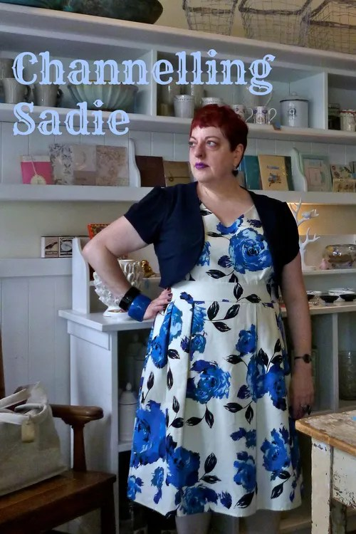 blue and white floral dress plus size outfit