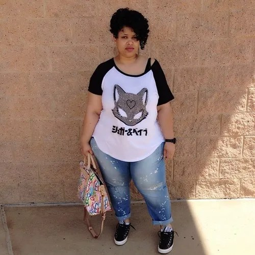 plus size outfit with anime cat tee and jeans