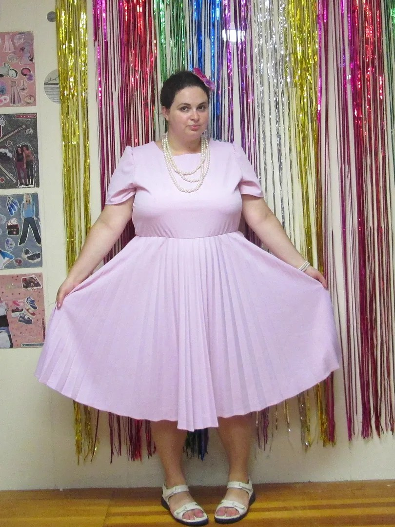 plus size outfit vintage pink dress