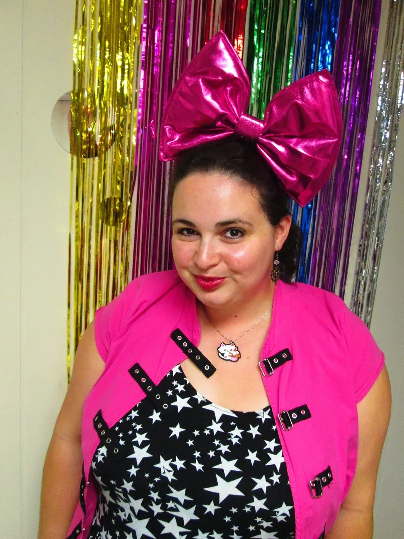 plus size pink punk outfit with giant pink hair bow
