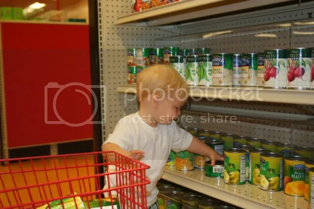 Loves to grocery shop...just like Gumpy.