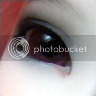 Nouveaux yeux pour Rei.