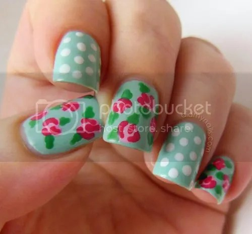 photo vintage-rose-nail-art-2_did_my_nails_zpsa060c87c.jpg