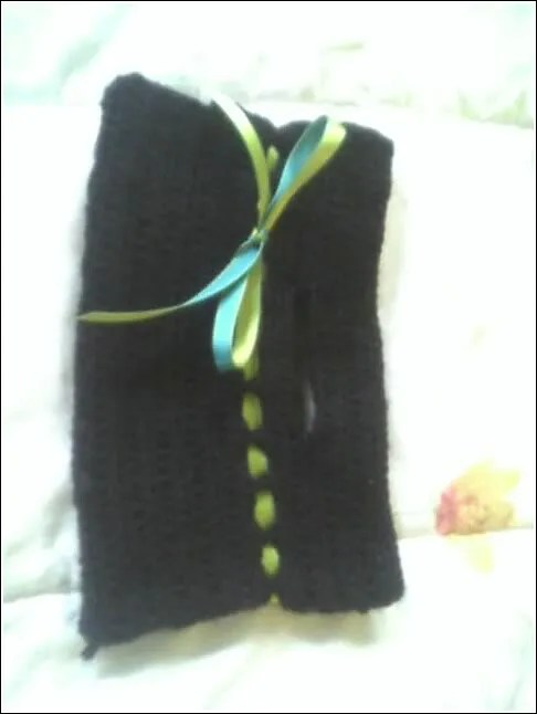 Clutch in black Wool Ease