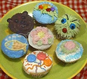 Hey there, cupcakes!