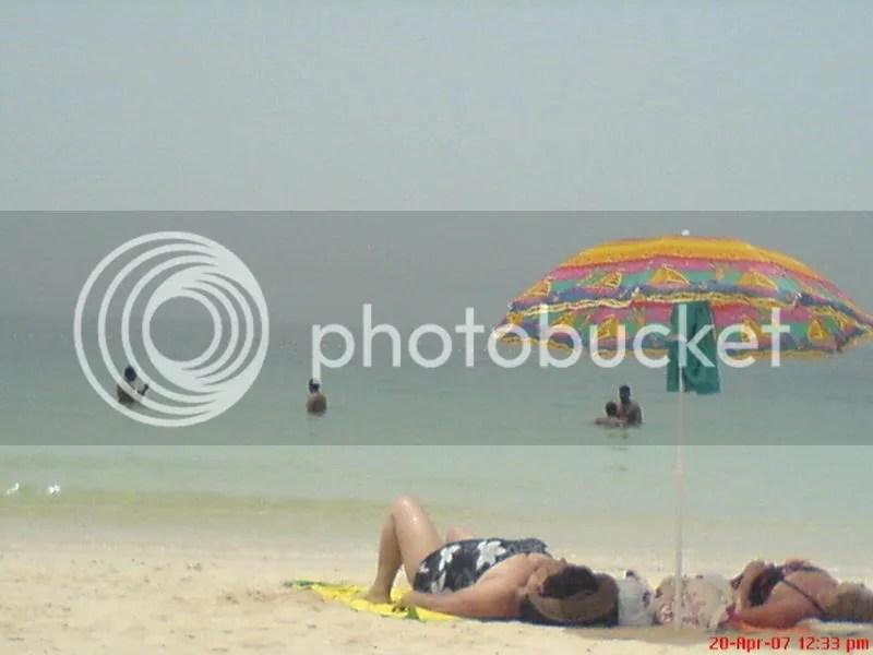 Beach! Beach!