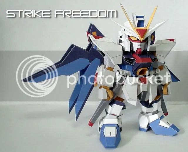 SD Freedom gundam Papercraft