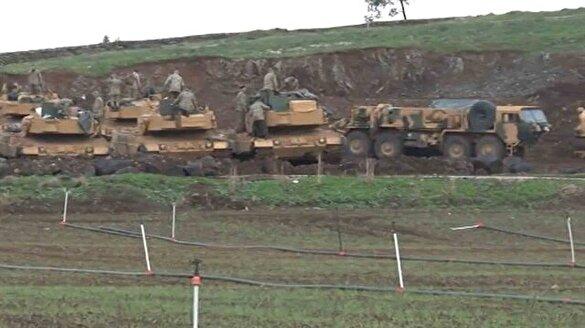 Askeri araçlar Afrin'e geçmek için hazır kıta bekliyor