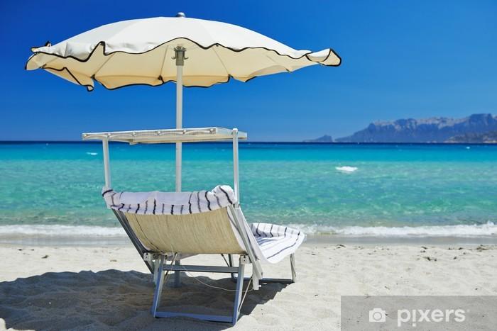 sticker chaise de plage avec un parasol pixers nous vivons pour changer