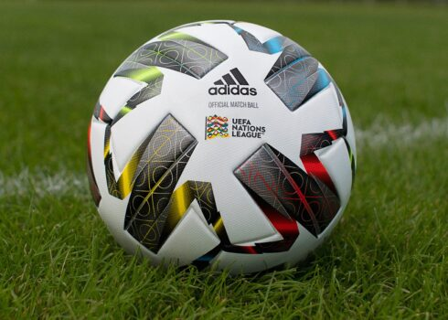 Balón adidas UEFA Champions League Final Istanbul 2021