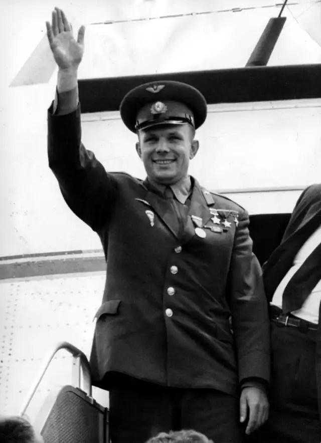 Tras su muerte en 1968, su ciudad natal, Klúshino, al oeste de Moscú, fue nombrada Gagarin.