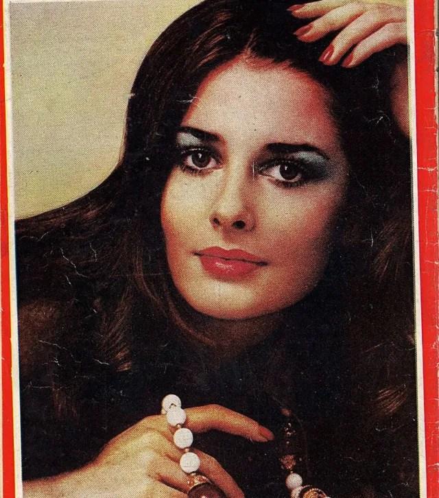 Portada de la revista iraní Jandaniha, que se publicó entre 1940 y 1979.