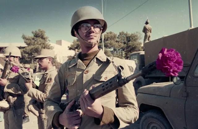 Un soldado iraní, durante las manifestaciones en la ciudad de Isfahán (1979).