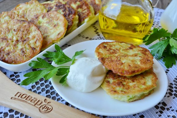 bistrie oladi iz kabachkov 406855 - Quick zucchini fritters
