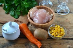 Новогодний салат в бокалах - фото шаг 1