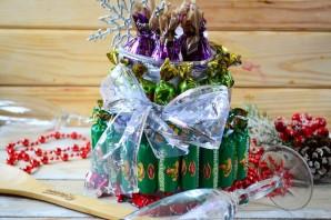 """Новогодний торт из конфет """"Сюрприз"""" - фото шаг 6"""