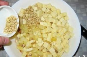 Салат с ананасом, курицей и сыром - фото шаг 4