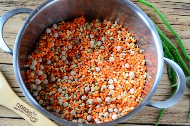 Наваристый суп из смеси бобовх и круп