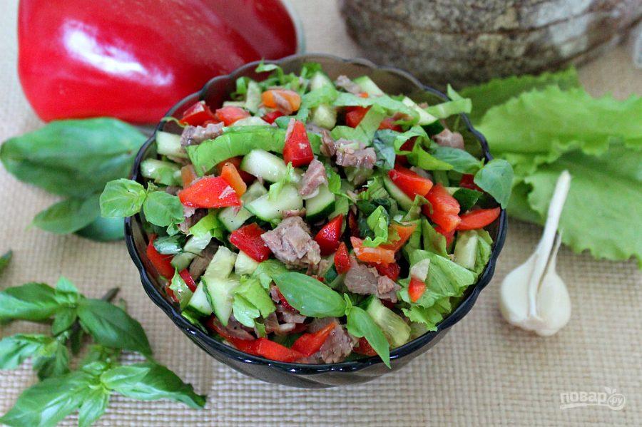 Салат с говядиной, болгарским перцем и огурцом