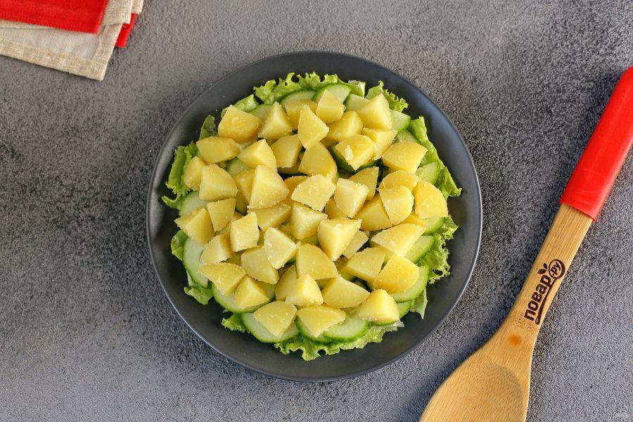 Диетический салат с консервированным тунцом